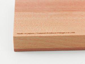 旭川の木工メーカーさんと精密なグラフィックの木製カードケース開発
